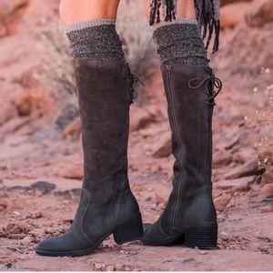 Born Felicia Tall Boot Size 7.5